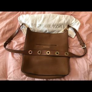 Michael Kors Brown Saddleback purse